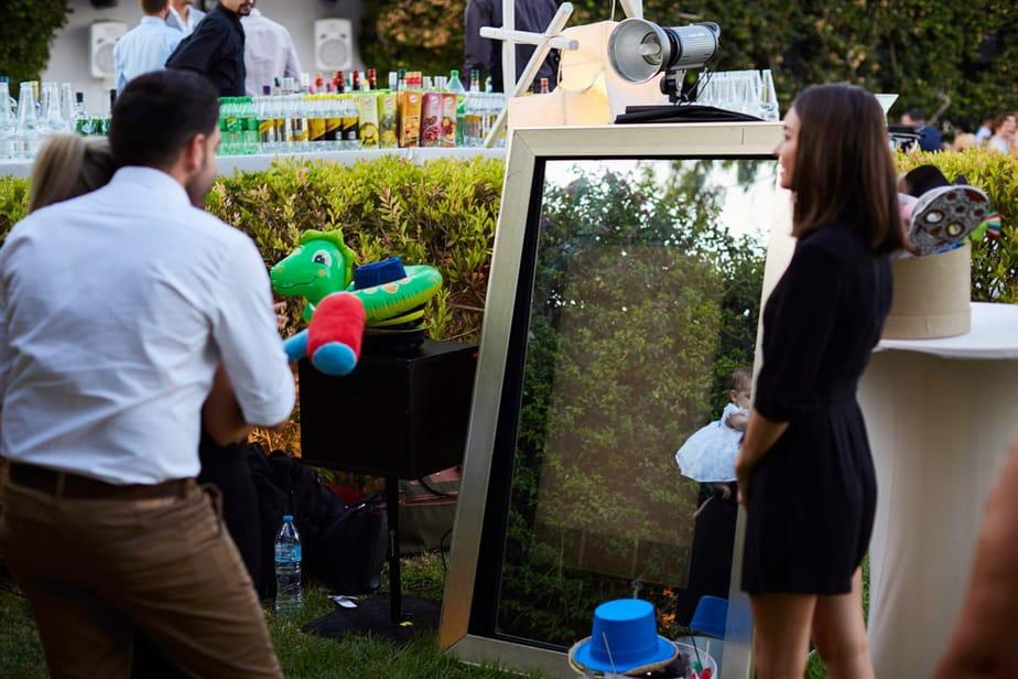 Ενοικίαση Mirror booth στη Γλυφάδα